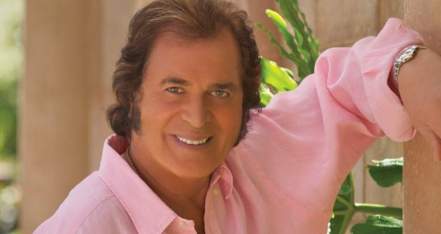 milwaukee-concert-engelbert-humperdink.jpg