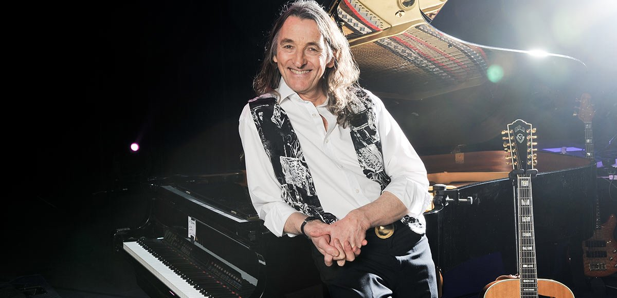 Supertramp's Roger Hodgson With Band